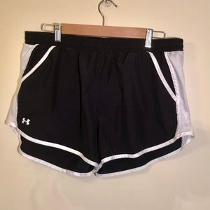 Under Armour shorts- good condition, large, black